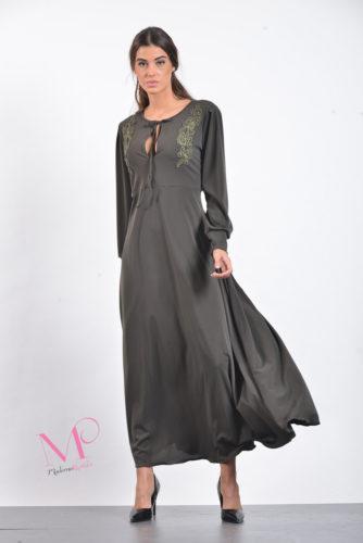 18/20532 Φόρεμα maxi άλφα γραμμή σε ρομαντικό στυλ από moss crep ύφασμα