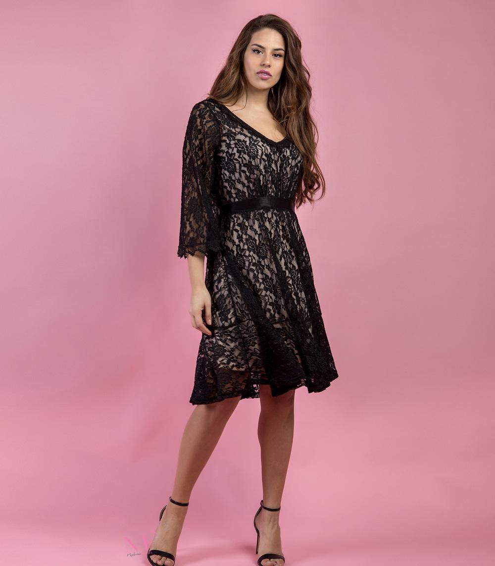 9849c396484f Φόρεμα midi δαντέλα με εσωτερική ροζ φόδρα - Modernoraptiki