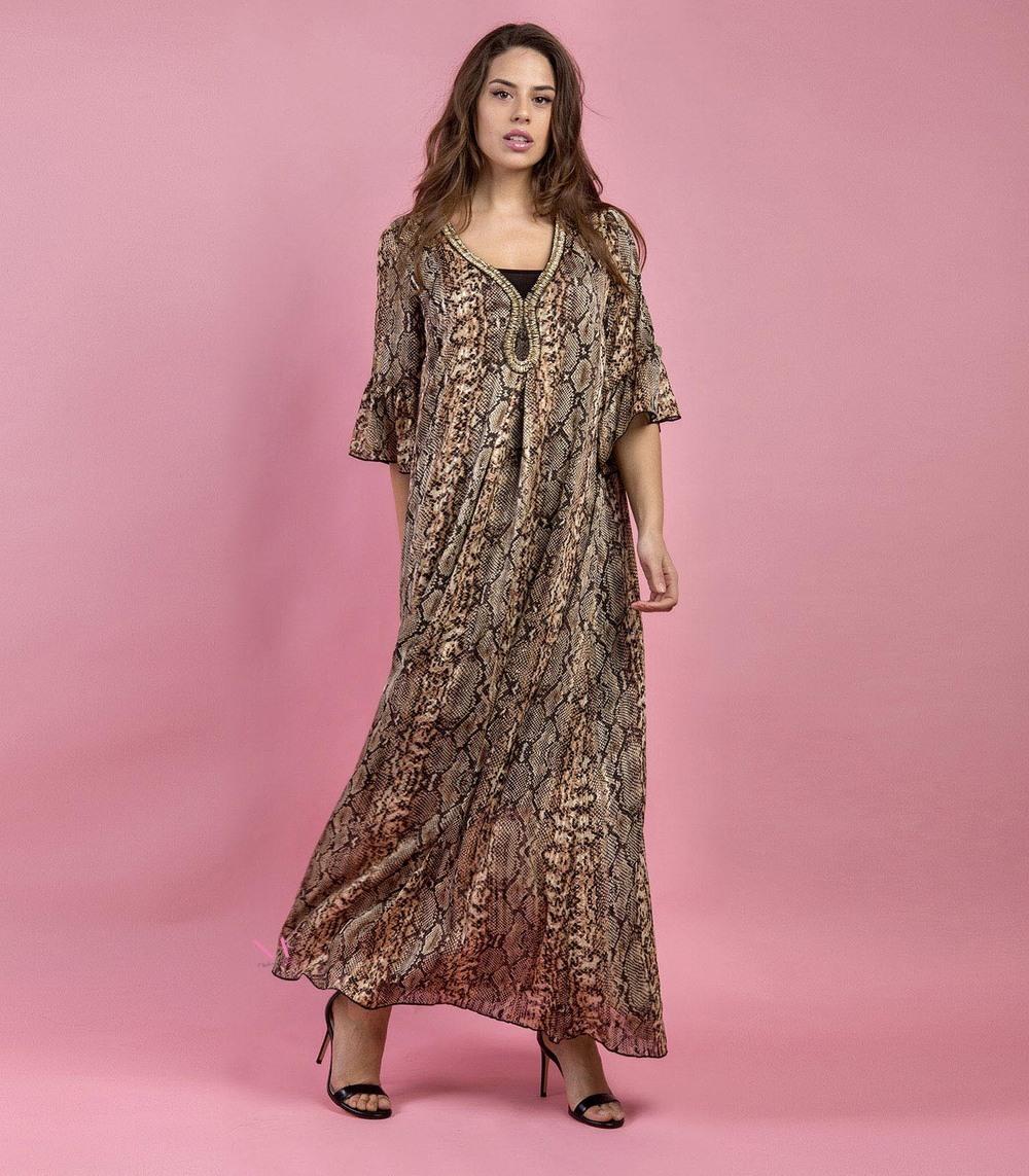 3c6092093bec Φόρεμα maxi με τύπωμα φίδι και V-λαιμόκοψη - Modernoraptiki