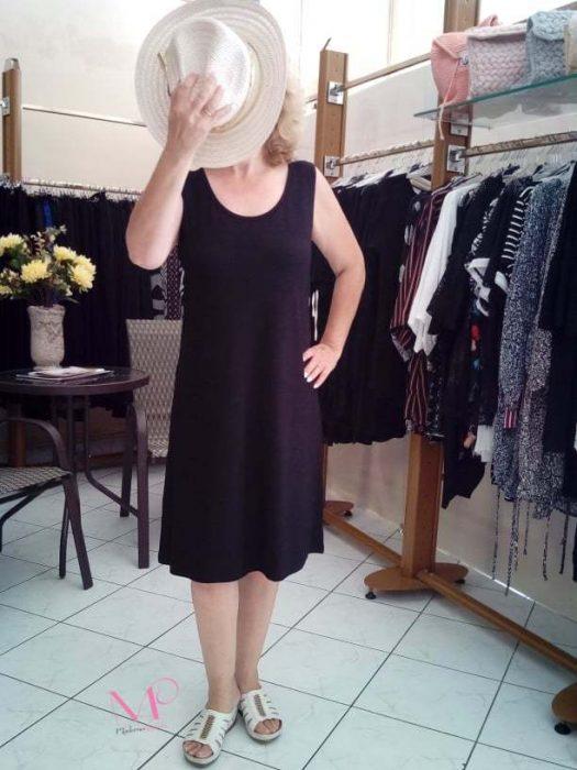 K19-11093 Μαύρο Φόρεμα αμάνικο midi